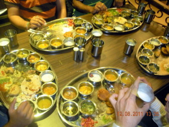 2011Dec08 – Rahul's Bullet Lunch @ Rajdhani