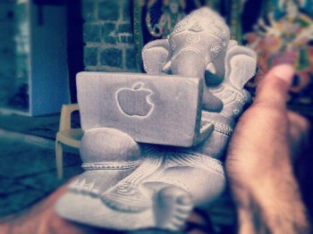 Lord Ganesha & Apple Mac
